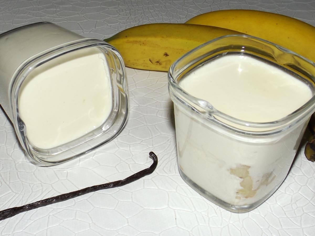 Cette image a un attribut alt vide; le nom du fichier est yaourt-banane-et-vanille.jpg